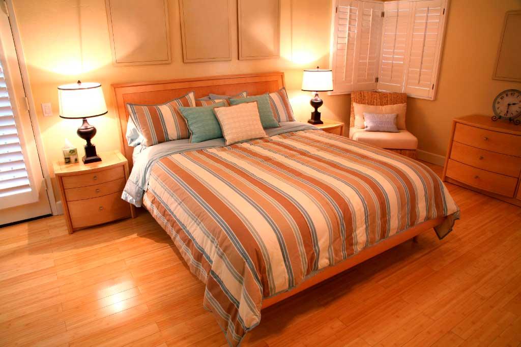 Piastrelle o Parquet per la camera da letto  Scelta