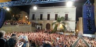 notti d'estate in piazza Umberto I - parabita