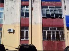 La scuola allagata (foto Uds di Nardò)