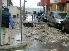 GALLIPOLI - Anche una moto trasportata dal tornado nella zona rossa