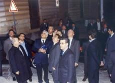 Mattarella ammira la facciata della chiesa matrice