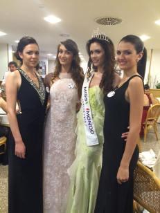 da destra Giorgia Cimbasso, la Miss in carica Silvia Cataldi e Valeria Gaggiano