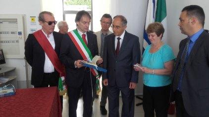 L'ambasciatore Zion Evrony con il sindaco Marcello Risi