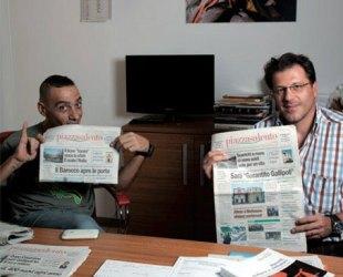 """Il primo incontro di Mirko Grimaldi, nella redazione di """"Piazzasalento"""", con Nandu Popu dei Sud Sound System."""