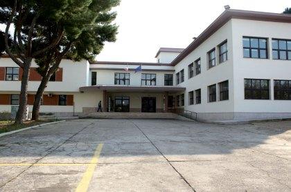 istituto-d'arte-giannelli-parabita-cortile