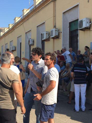 protesta commercianti gallipoli