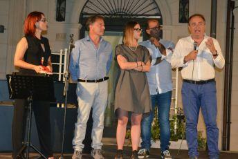 Festa diciottenni ad Aradeo - Maria Neve Arcuti, il sindaco Luigi Arcuti...