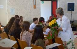 Liceo Vanini - la dirigente Attanasi e l'accoglienza delle prime classi ..._1