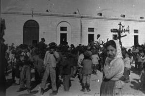la processione nel 1908 (foto Emilio Alessandrì)