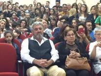 I genitori di Matteo Cazzato, Luigi e Anna, nella sala del trono gremita