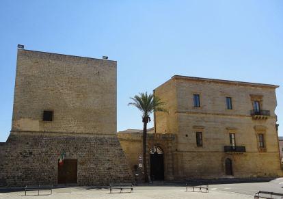 Galatone, Palazzo Marchesale