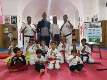 karate defibrillatore2