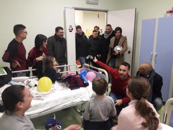 """La truppa granata all'ospedale """"Vito Fazzi"""" di Lecce"""