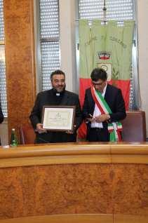 Don Luca de Santis e il Sindaco Biagio Raona