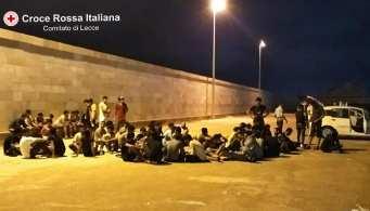 Sbarco migranti a Gallipoli 3