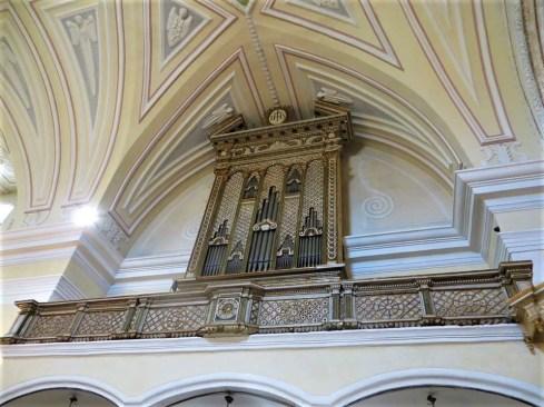 L'organo della chiesa di San Nicola Magno di Salve