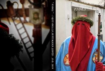 Fides, la copertina del cd con un confratello del Crocifisso e la processione dei Misteri