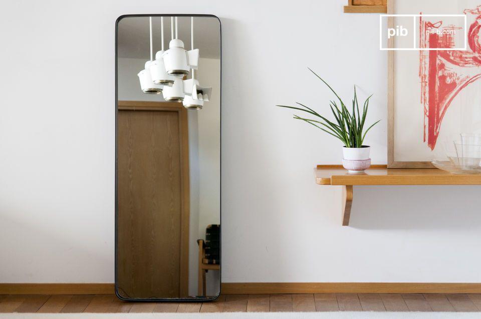 mirror with black frame ascain