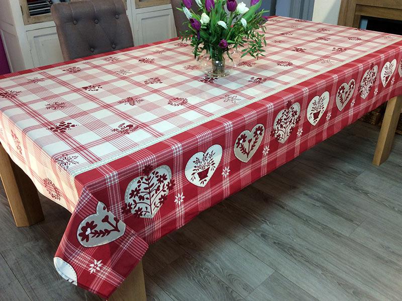 nappe riquewihr a carreaux rouge framboise rectangulaire 100 coton ou coton enduit anti taches