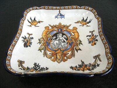 rare gien 1875 export ancienne faience 19eme plat decoratif decor renaissance