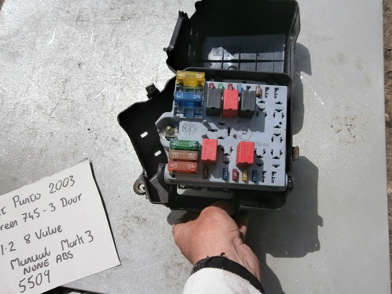 hight resolution of 3 of 9 fiat external engine compartment fuse box cluster complete punto 99 06