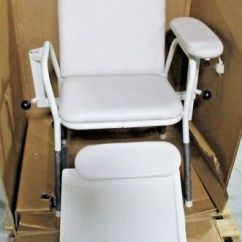 Blood Draw Chair Bamboo Directors Midmark 281 002 244 With Drawer Series New
