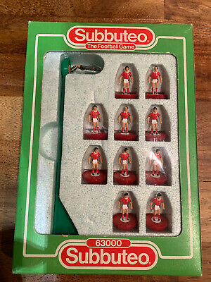 Subbuteo LW Team - Nottingham Forest - Set 685