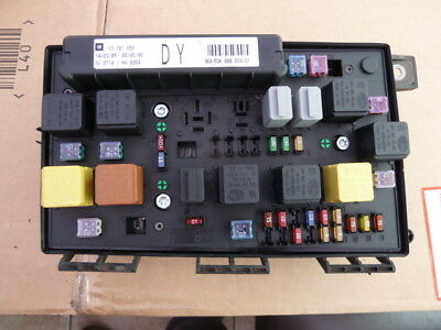 vauxhall astra h mk5 front fuse box fusebox relay #6475j - £3500
