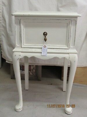 painted queen anne sofa table patio furniture covers vintage style finish 29 99 picclick cottage chic shabby side night stand