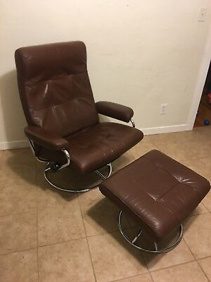 reclining chair with ottoman leather monarch dining chairs vintage ekornes stressless