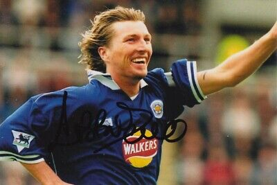 Robbie Savage Hand Signed 6X4 Photo - Football Autograph - Leicester City 2.