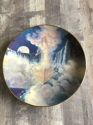 Porcelain collecting plate angel unknown brand 21 cm very good condition!