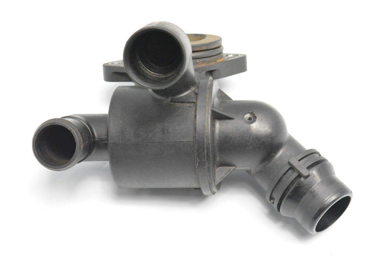 hight resolution of audi a4 a5 a6 q5 2007 2012 2 0tdi engine thermostat housing 03l121111ad 1 of 5only 1 available