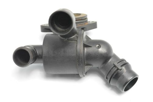 small resolution of audi a4 a5 a6 q5 2007 2012 2 0tdi engine thermostat housing 03l121111ad 1 of 5only 1 available