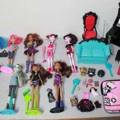Monster High Bean Bag Chair Swivel Nursery Huge Girl Doll Lot W Stands Shoes Clothes