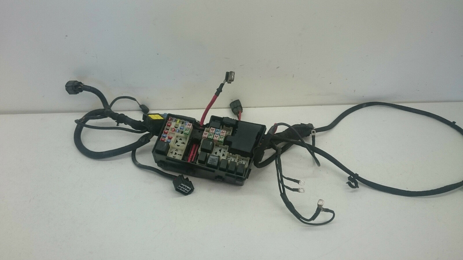 hight resolution of volvo v50 s40 04 12 fuse relay box 8688040 1 sur 9seulement 1 disponible