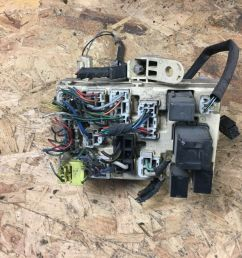 fuse box relays 3rd gen toyota hilux surf 3 0 kzn185 95 to 99 unit  [ 1600 x 1200 Pixel ]