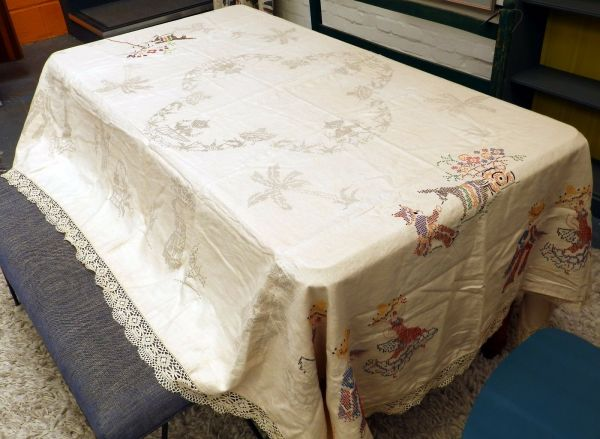 Large Vintage Mexican Linen Tablecloth Pre Printed Pattern