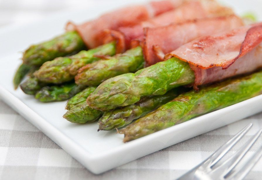 Involtini asparagi e prosciutto