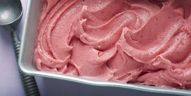 Frozen yogurt alle fragole