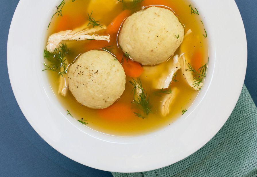 Zuppa di Matzo balls