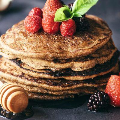 Pancakes al grano saraceno e miele