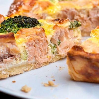 Torta salata salmone e broccoli