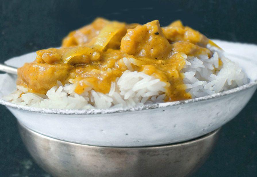 Pollo con riso al curry