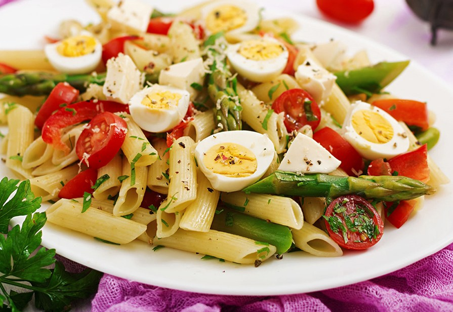 Insalata di pasta agli asparagi