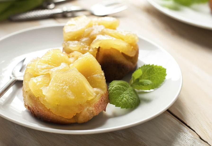 Muffin rovesciati all'ananas