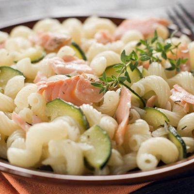 Cellentani salmone e zucchine