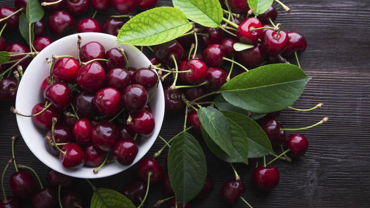 Lingrediente di giugno le ciliegie