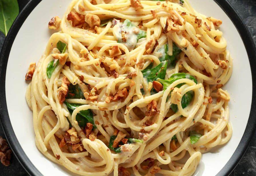 Spaghetti noci e gorgonzola