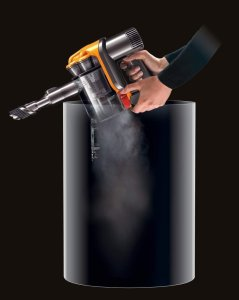 The nozzle picks the dust for Dyson DC34 Review